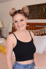 Reagan Foxx - Stepmom Has Her Day | Picture (1)